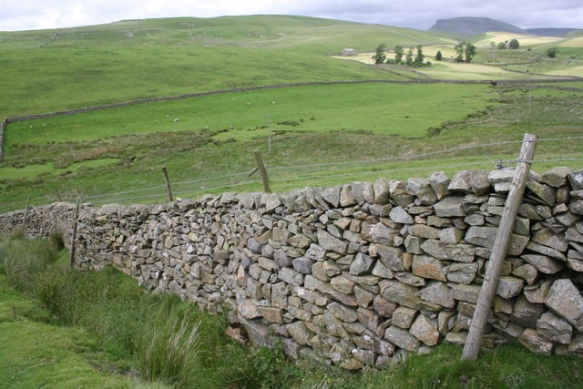 stone_wall.jpg