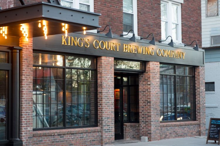 kings_court_brewing_entrance.jpeg