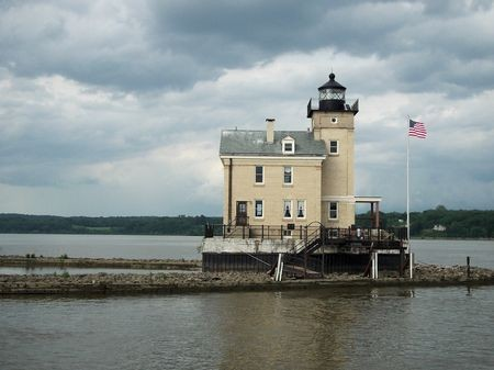 Roundout Lighthouse, Kingston