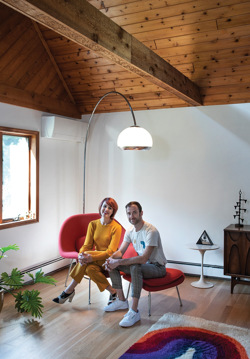 A Midcentury Modern Temple At Home With Musicians Hilary Davis And Jordan Moser House Profiles Hudson Valley Chronogram Magazine