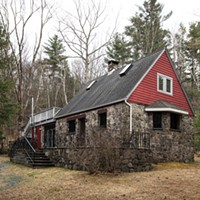 WNYC Radio Host Alison Stewart Finds Inspiration in Her Woodstock Cabin