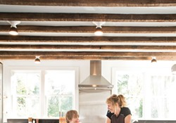 Patterned Simplicity: A Handcrafted Rhinecliff Farmhouse
