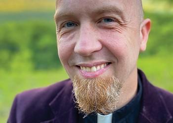 Officiant Spotlight: Pastor Tobias Anderson