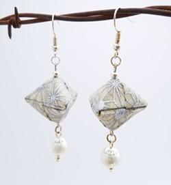 Origami Earrings - Uploaded by RoCA