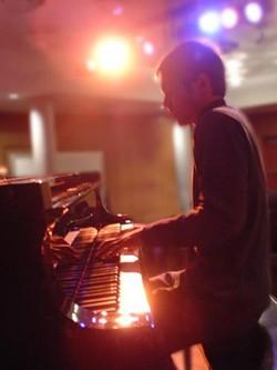 21d3405e_alex-at-piano.jpeg