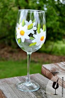 201045fd_white_flower1-wine_glass-easy-april_wm.jpg