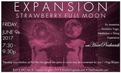 313de810_full_moon_yoga_.jpg