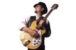 Roger McGuinn - Uploaded by emelin