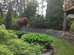 Peavy Garden, Phoenicia - Uploaded by gardencon