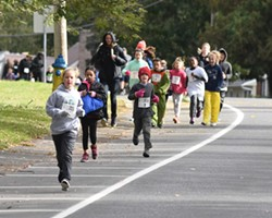 Kids Fun Run at 10AM, 5k Race at 10:30AM - Uploaded by Hudson Area Library