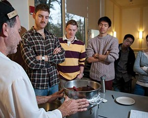 Vassar pastry chef Brad Goulden demonstrates chocolate tempering to the Culture and Chemistry of Cuisine class.