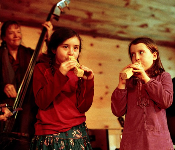 Youngsters sitting in with Elizabeth Mitchell at The Winter Hoot 2013 - JACK BARAN