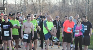 10 Photos from the Glow4Goal 5K