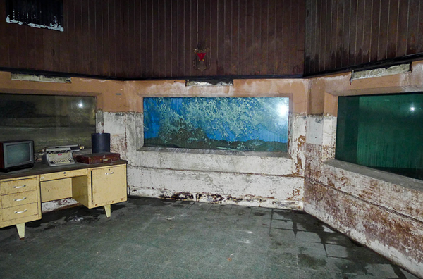 12 Photos Of The Old Cleveland Aquarium Then And Now