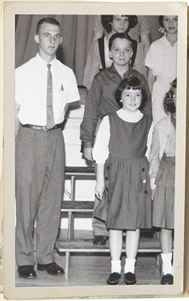 20-year-old Lee Dalton with his fifth grade class in 1961 in Burton, Ohio