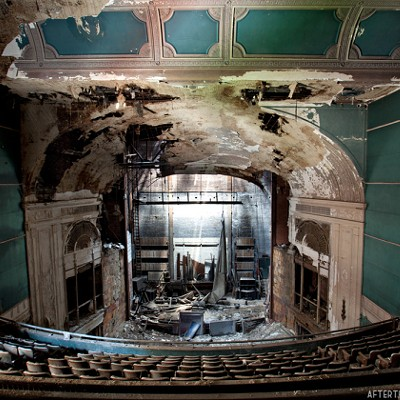11 Photos of Youngstown's Old Paramount Theatre