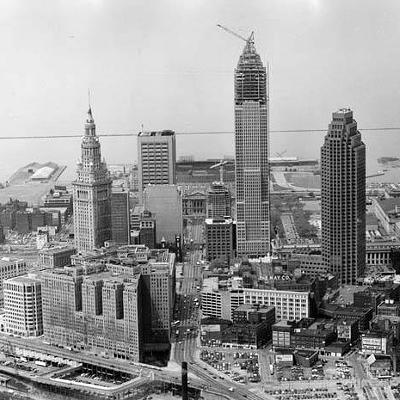 9 Aerial Photos of Cleveland from the 1900s -1990s