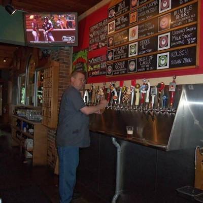10 Lesser Known Cleveland Bars Great for Catching a Browns Game