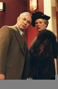 Bob Hoskins and Judi Dench make the most of their star turn, and so will their fans.