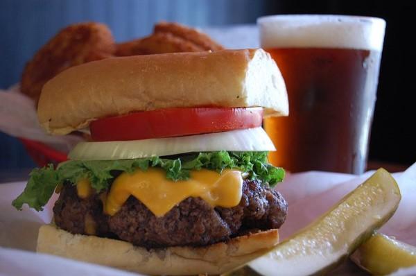 East Side: Burgers 'n Beer
