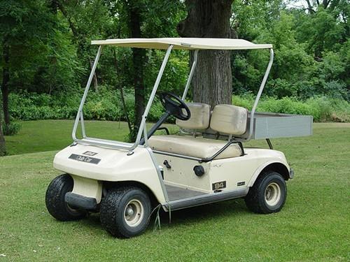 800px-Golfcart.JPG