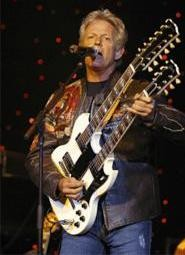 Don Felder and his doubleneck guitar set the tone at the Rock Hall  benefit Friday, May 12. - ROLL HALL OF FAME