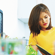 Even if you've never cooked, you can still eat well and cheaply at college with these simple rules