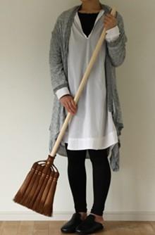 19e175c5_broom_making_2.jpg