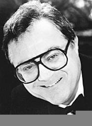 Funnyman Pat Cooper: Still knockin' 'em dead after 42 - years.