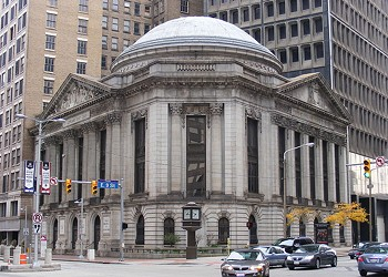 Heinen's to Open in Downtown Cleveland's Historic Rotunda Today