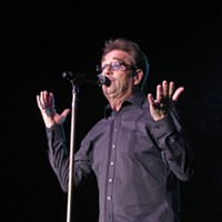 Huey Lewis & the News performing last night at Hard Rock Live
