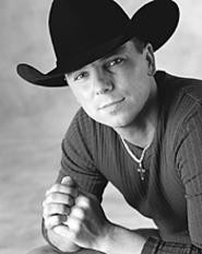 Kenny Chesney, country hunk with spunk.