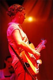 Kristin Hersh at the Beachland Ballroom. - WANDA SANTOS-BRAY