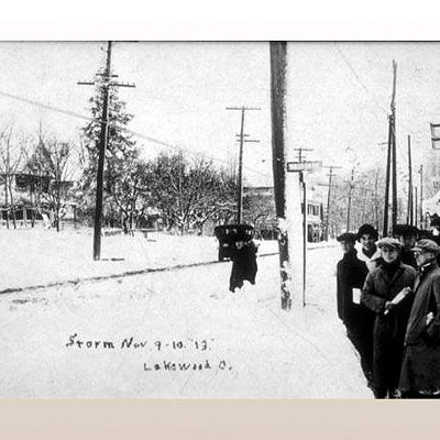 10 Vintage Photos from the White Hurricane of 1913