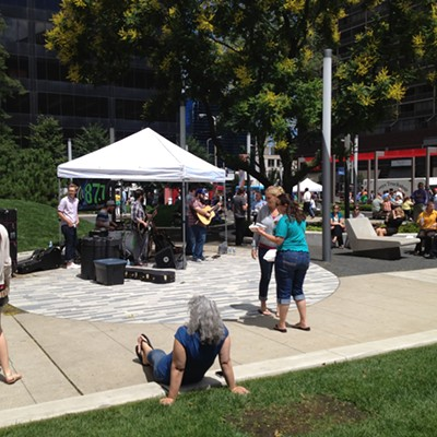 Lunch, Live Music, and Fun! Here's What you Missed at Walnut Wednesday Today