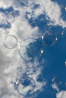 Mayfield Heights Man Beats Previous Soap Bubble Record