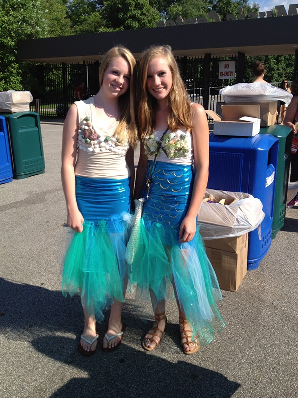Mermaids of Alcatraz Tour: Costumes from Last Night's Train Concert