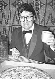 """Neil Hamburger: Defiantly adhering to the - """"smoked-salmon policy."""""""
