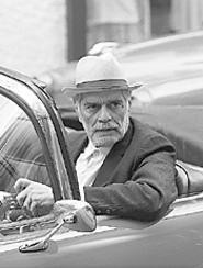 Omar Sharif opens his heart to a lonely boy.