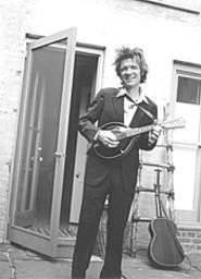 Onetime indie-rock hero, current children's music star - Dan Zanes comes to town Sunday.