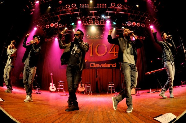 Photos from last night's Q104 Holiday Ho Show at House of Blues
