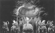 The Scarlet Pimpernel: Fantastic imagery set - to fantastically insipid songs.