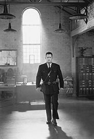 Tom Hanks as guard Paul Edgecomb.
