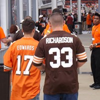 "The Recent History Of The Cleveland Browns Told In 15 Now-Obsolete Jerseys Two third-overall draft picks, two players who left Cleveland disappointingly. Braylon Edwards (2005-2009) was a big deal in Northeast Ohio for a couple seasons, but after issues with ""catching"" and off-field incidents, he eventually fell out of favor with the Browns and was traded to the Jets. Doug Brown/Cleveland Scene"