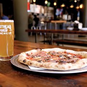 Masthead Delivers Pizza and Beer, and There's Just No Better Combination