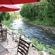 A Splendid Setting, and Good Food Too, at Tinkers Creek Tavern