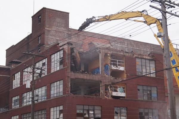 Phase one Demolition of Swift & Co. meat packing building (3/20/18). - SAM ALLARD / SCENE