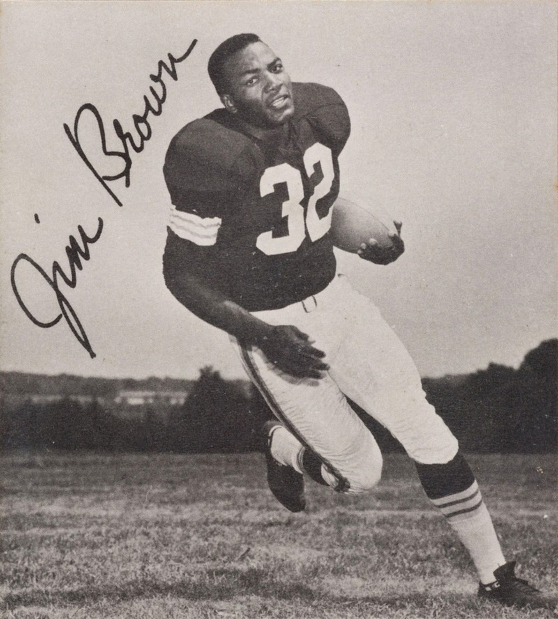 Jim Brown in 1961. - WIKIPEDIA