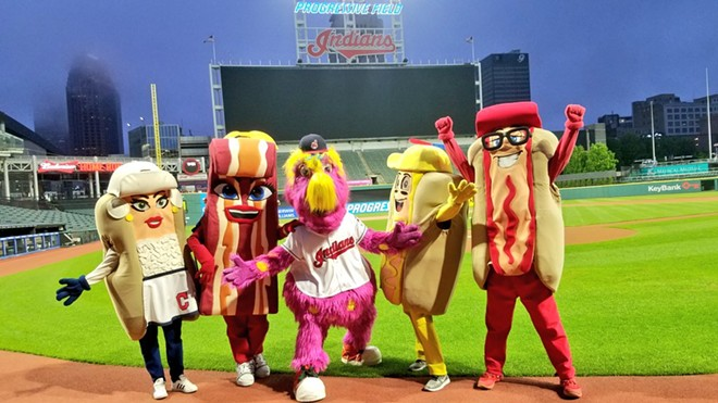 TRIBE HOT DOGS | TWITTER