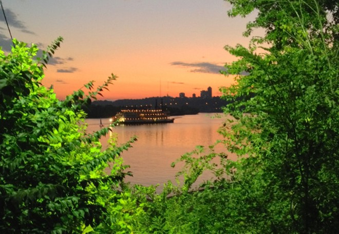 THE OHIO RIVER, PHOTO BY NICK SWARTSELL
